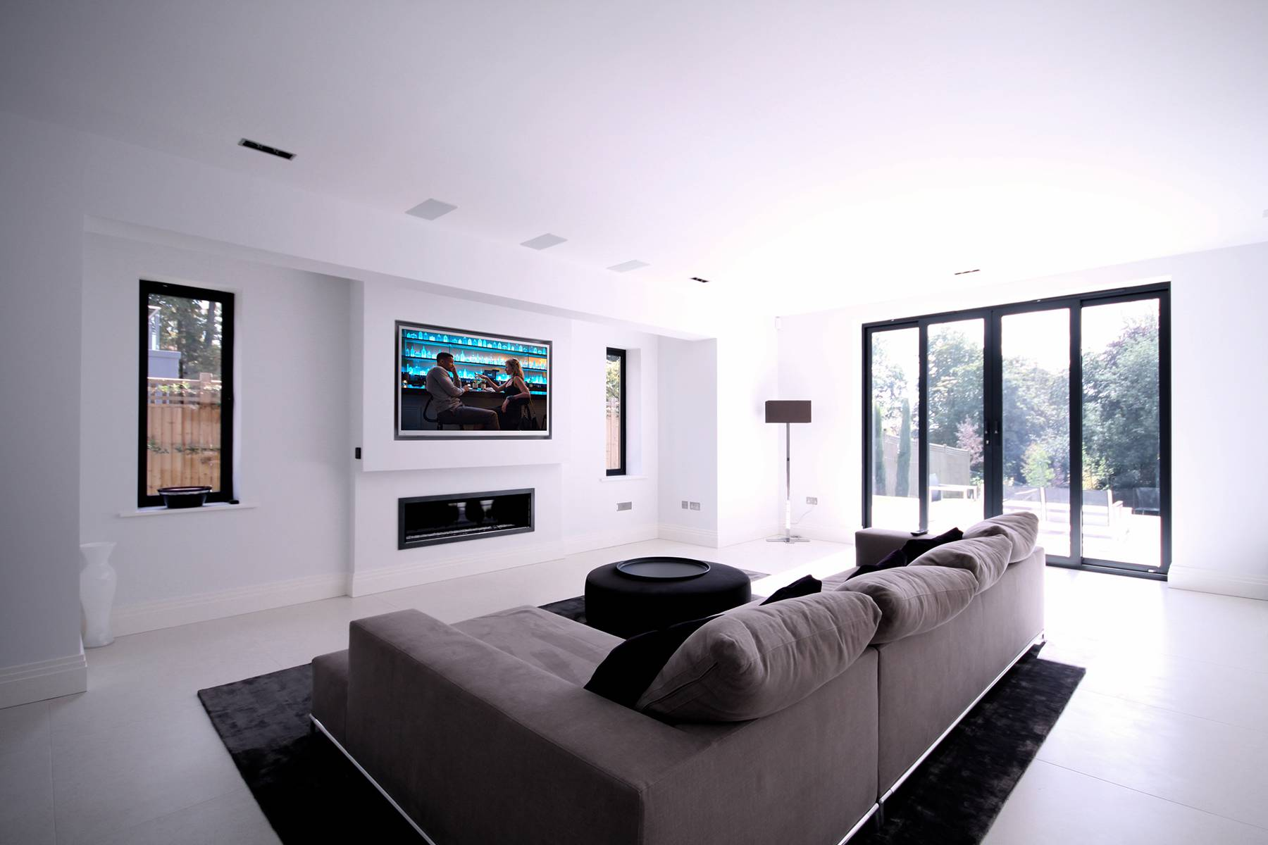 Field Cresent Living Room Surround Sound TV